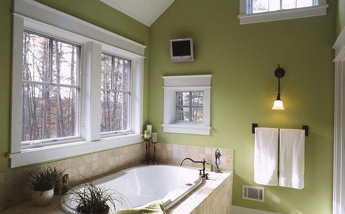 Элегантная традиционная ванная от Zahn Builders