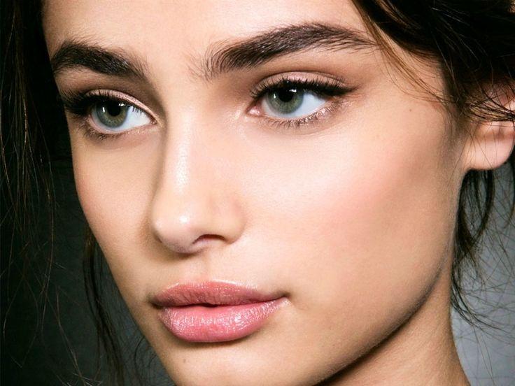 Eyeliner Chapter: Φόρεσε το σαν star (με αυτά τα tips)