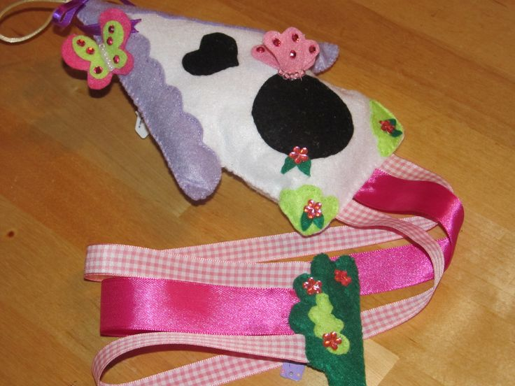 Hair Clip Hanger made with felt & ribbon. Hair Clip & Bow Organizer. Birdhouse & Butterflies.