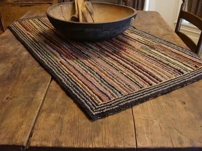 Love this rug! ~ I want to hook a scrappy rug.