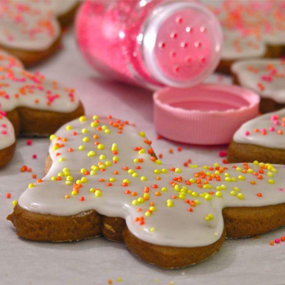 Gingerbread Cookies! - my new favorite cutout cookie recipe