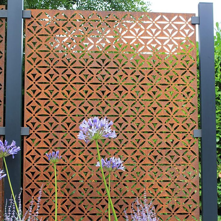 motif-weathering-steel-fence-panel-2 - Stark & Greensmith