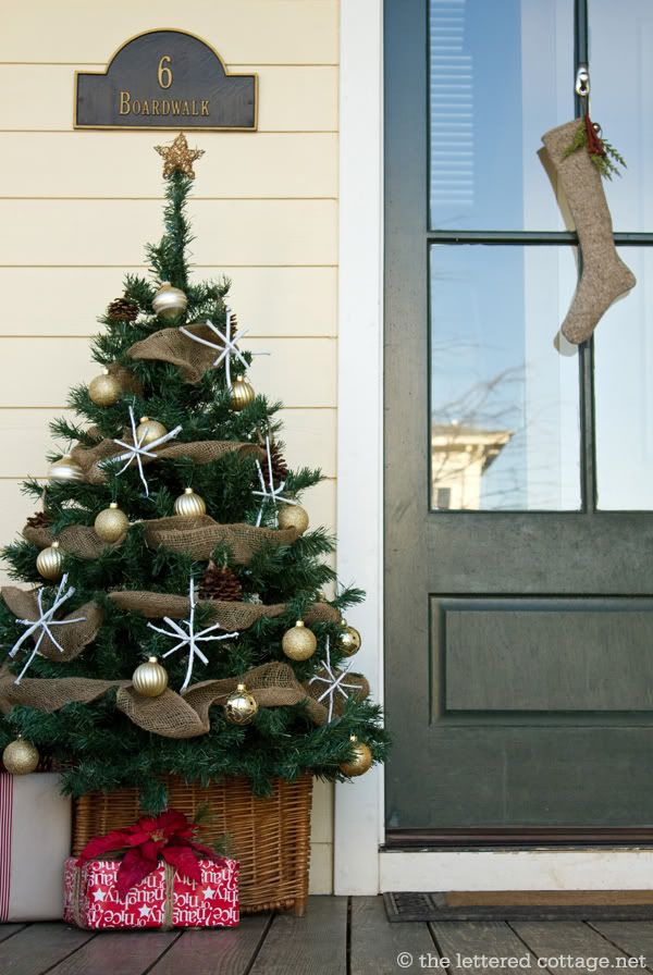 Front Porch Christmas Tree Using indoor and