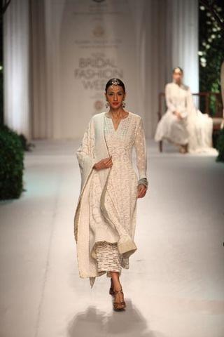 Meera & Muzaffar Ali. Kotwara IBFW 13'. Indian Couture.