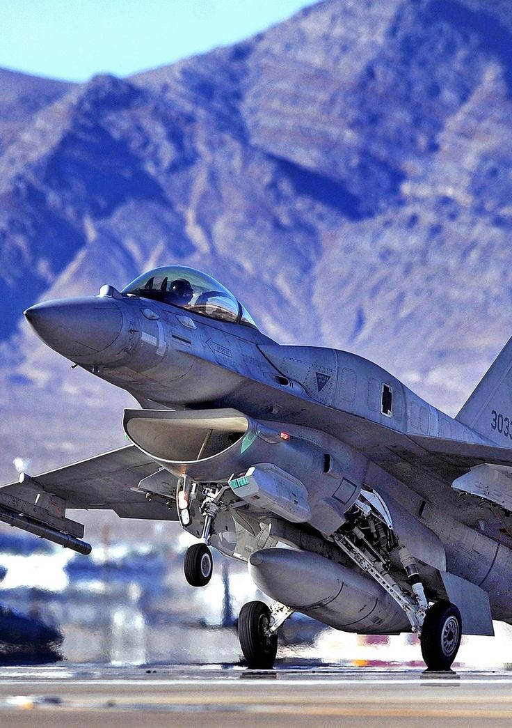 F-16 Fighting Falcon, This plane Saved my ass more times too then I want to count.................Thank you AIR Brats