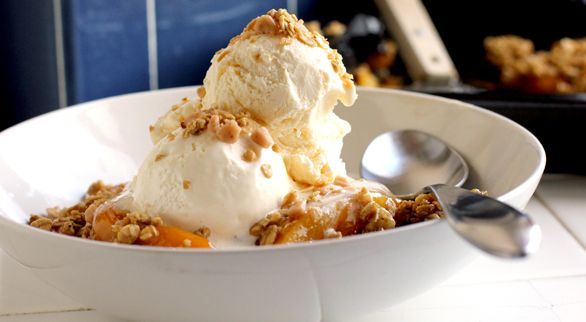 Caramel Crunch Peach Cobbler    Few things say summer like peach cobbler. This is another peach recipe I will have to try when I come back from Virginia Beach.