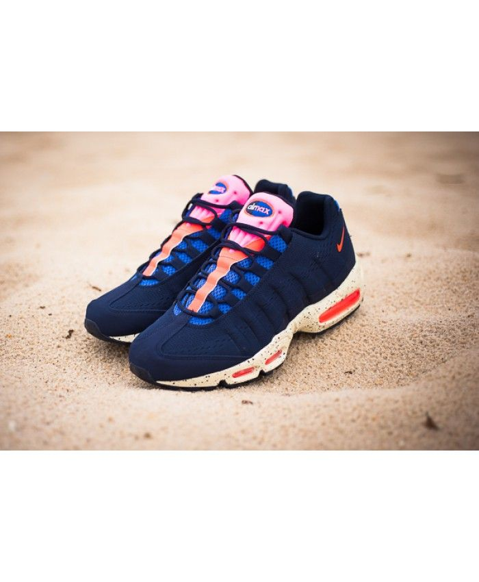 new styles 27761 137b1 Nike Air Max 95 Royal Pink Trainers
