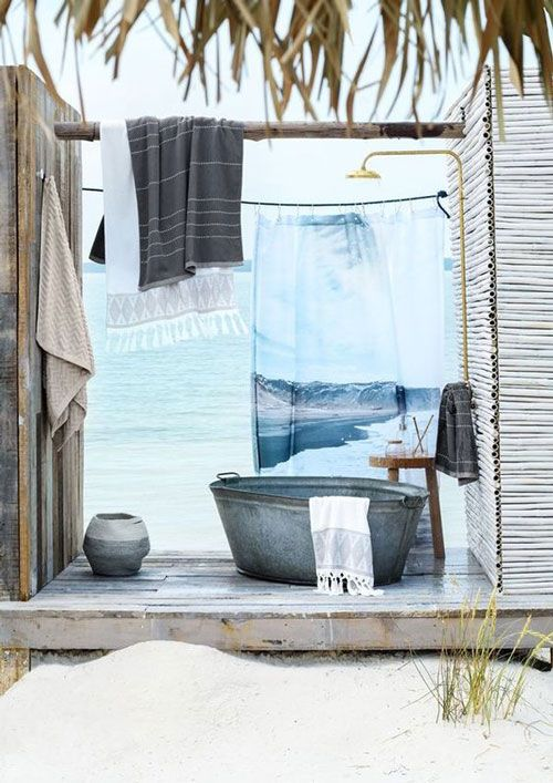 outdoor showers, island, summer, rustic, tranditional