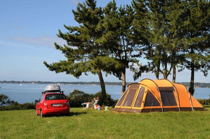 A Concarneau, dans le Finistère, non loin de Trégunc, Quimper, Lorient et Pont-Aven, retrouvez nos emplacements spacieux et délimités… Vous pourrez profite