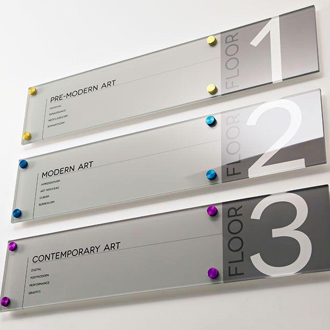 Comunicação Visual e Sinalização Corporativa | Carakole Design e Comunicação