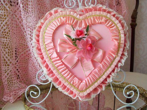 34 best Vintage valentine heart candy box images on Pinterest ...