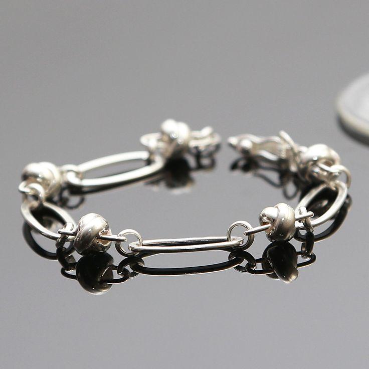 Stijlvolle armband van zilver 950 Lengte: 18 cm  http://www.dczilverjuwelier.nl/zilveren-armbanden