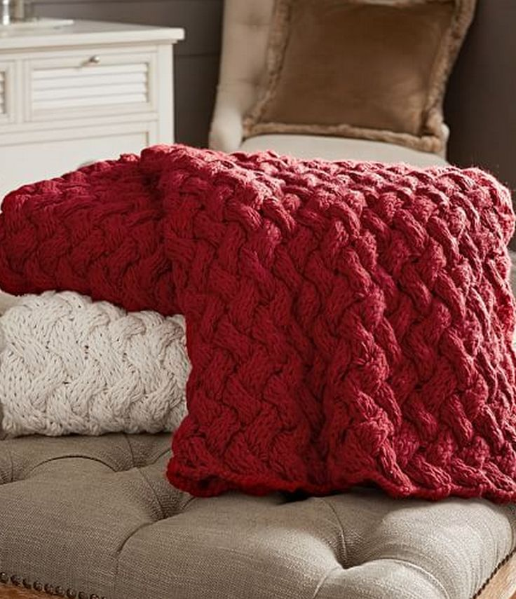 braided hand knit throw  http://rstyle.me/n/wjyywpdpe
