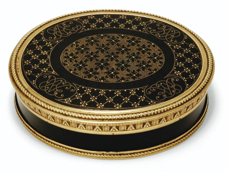 Tortoiseshell piqué snuff box with two-colour gold mounts, Charles Ouisille, Paris, 1782, the panels circa 1720.