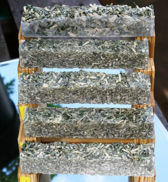 pen blanks made with shredded US dollar bills от SharpTurningz