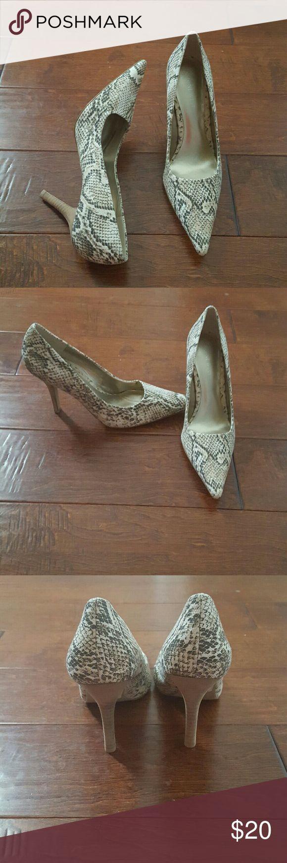Sale! Nine West Heels Snake skin pumps Nine West Shoes Heels