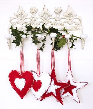 Free pattern! http://www.allaboutyou.com/craft/pattern-finder/sewing-projects/sewing-for-the-home/sewing-pattern-felt-Christmas-decorations