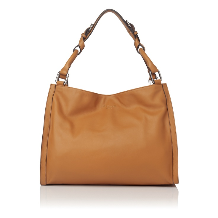 Giselle relaxed leather shoulder bag things to carry pinterest