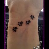 gonna get bella's pawprint on my foot :)