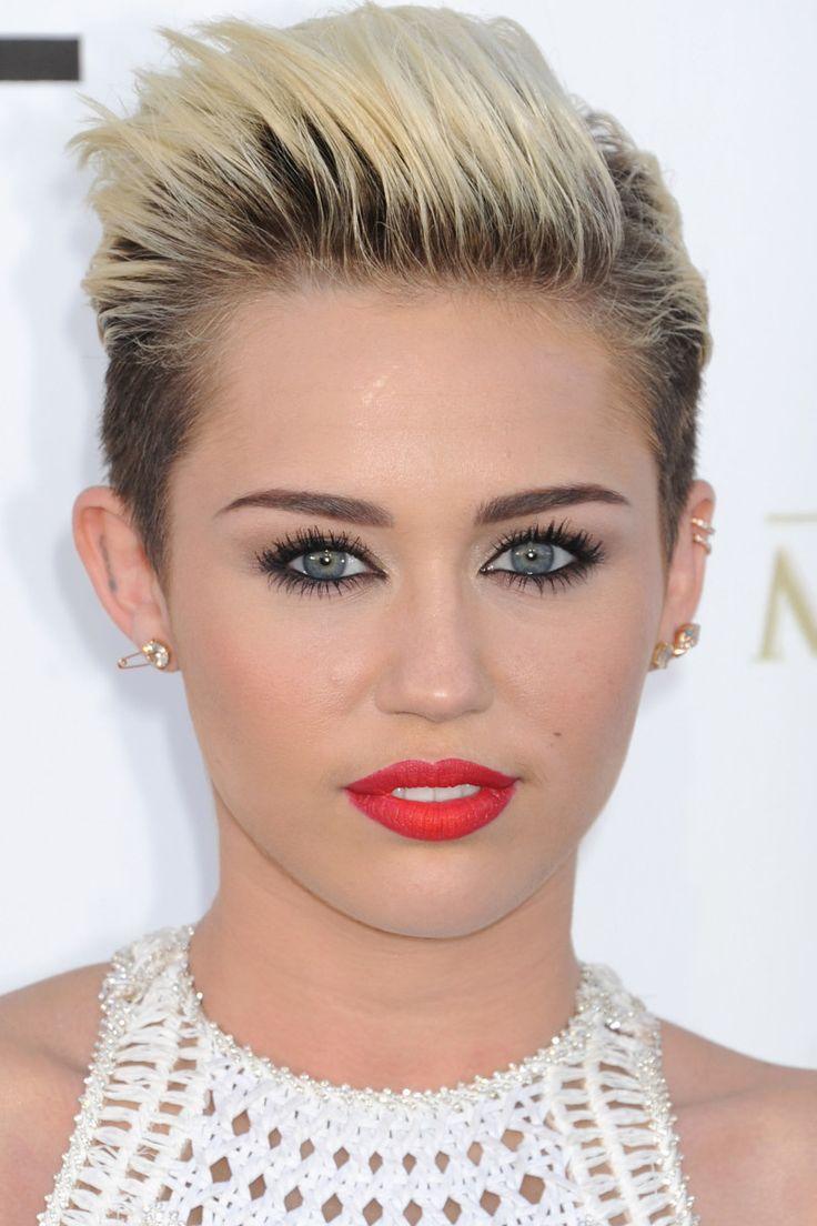 Miley Cyrus At The 2013 Billboard Music Awards Short Hair Styles Pixie Miley Cyrus Hair Trendy Short Hair Styles