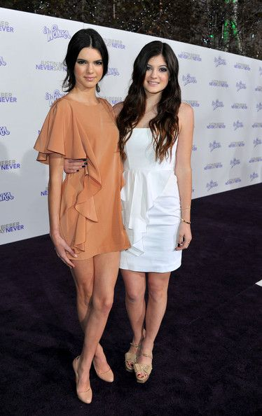 """Kendall Jenner Photos: Premiere Of Paramount Pictures' """"Justin Bieber: Never Say Never"""" - Red Carpet"""