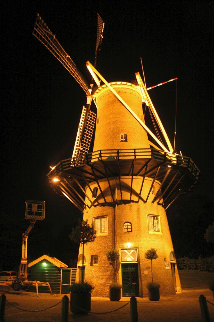 Hellevoetsluis - molen De Hoop #windmill #netherlands