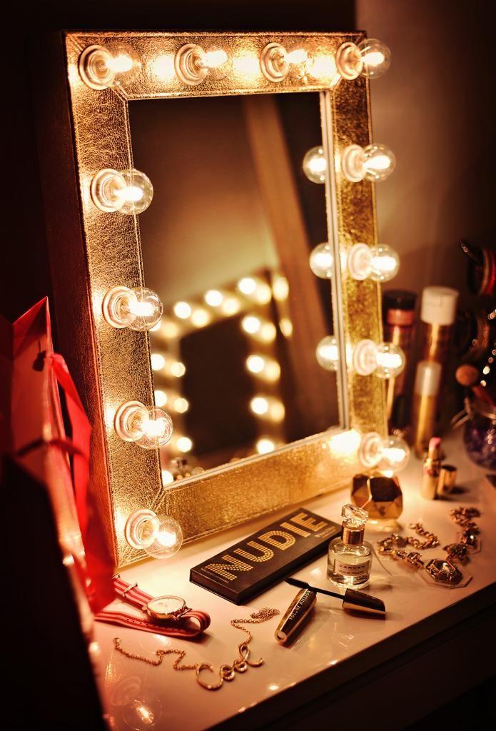Sminkspegel PARIS - Golden luxury konstskinn | SMINKSPEGEL.SE