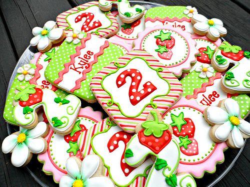 Strawberry Shortcake Cake Ideas & Inspirations