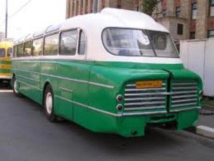 Икарус-55 Венгерские междугородные автобусы, которые выпускались с 1953 по 1972 гг. С 1961 по 1972 год выпускалась модификация Люкс, которая в основном и поставлялась в СССР. Отдельные автобусы этой модели эксплуатировались на междугородных линиях до начала 1980-х годо