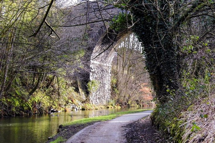 I took this in February 2014 looking east along the Calder & Hebble Navigation Canal towards Copley Viaduct. More information on my blog at, www.colingreenphotography.co.uk