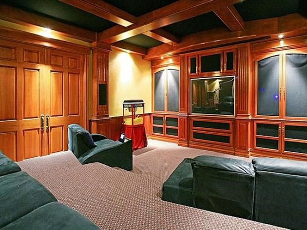 #NSync #JoeyFatone's Orlando Home: Theater>> http://www.frontdoor.com/photos/tour-joey-fatones-orlando-home-for-sale?soc=pinterest