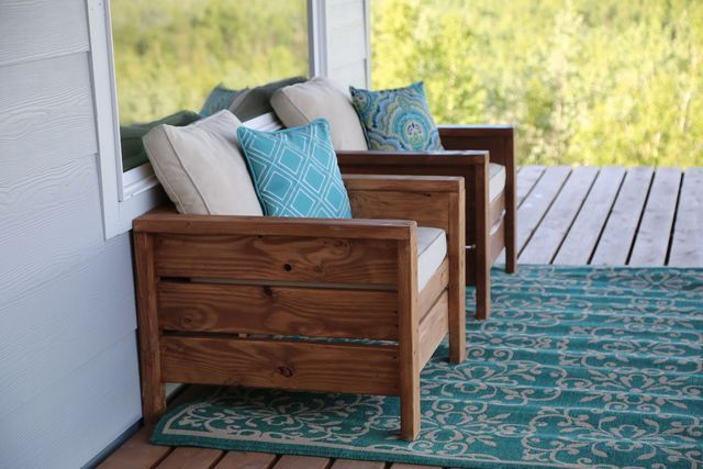 Modern Outdoor Chair from 2x4s and 2x6s | Ana White | Bloglovin'