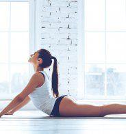 Un ventre plat grâce au yoga - Marie Claire