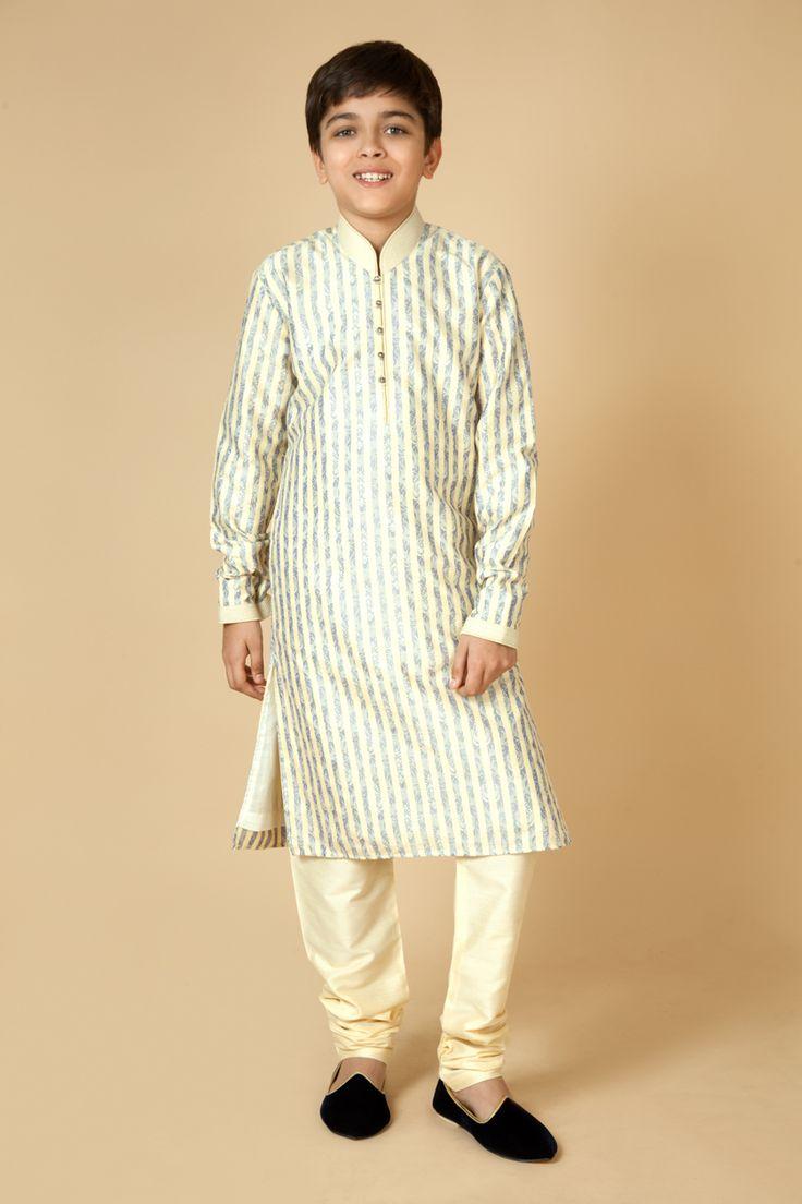 Jamevar kurta churidar embellished with thread work.  Item number KB15-14