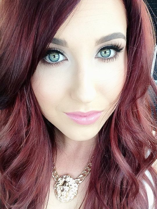 Jaclyn Hill... This Girl Is Beautiful! I Might Want To Try