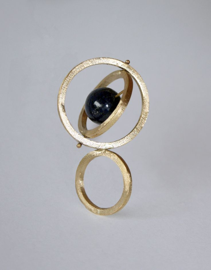 Anillo/ Ring with lapislazuli