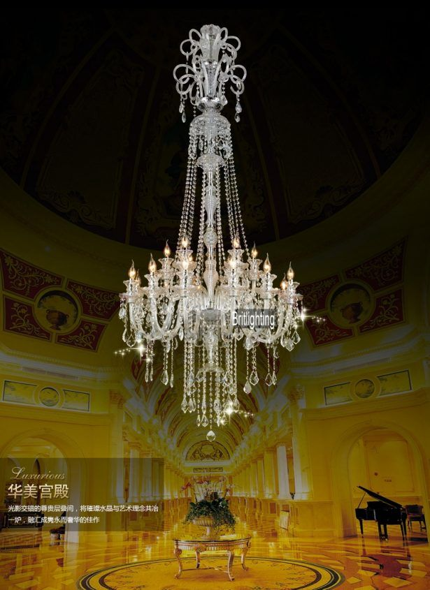 33 Elegant Foyers with Spectacular Chandeliers Stylish Large Modern Crystal Chandeliers Victorian