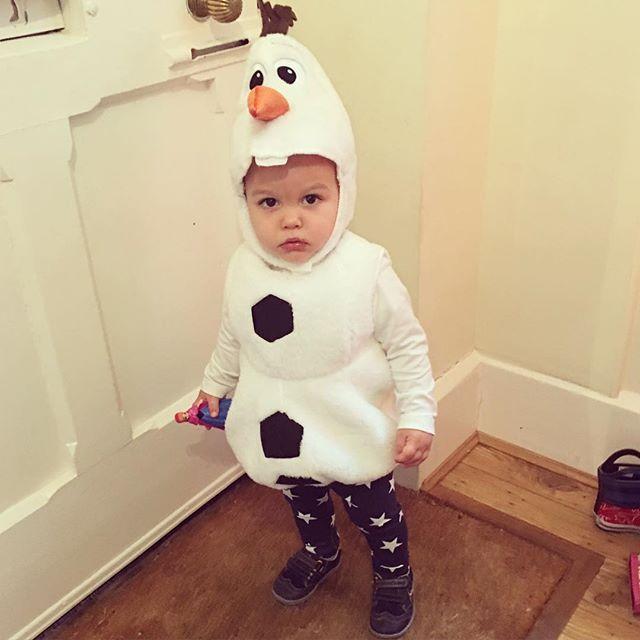 Eduardo going to playgroup as baby Olaf