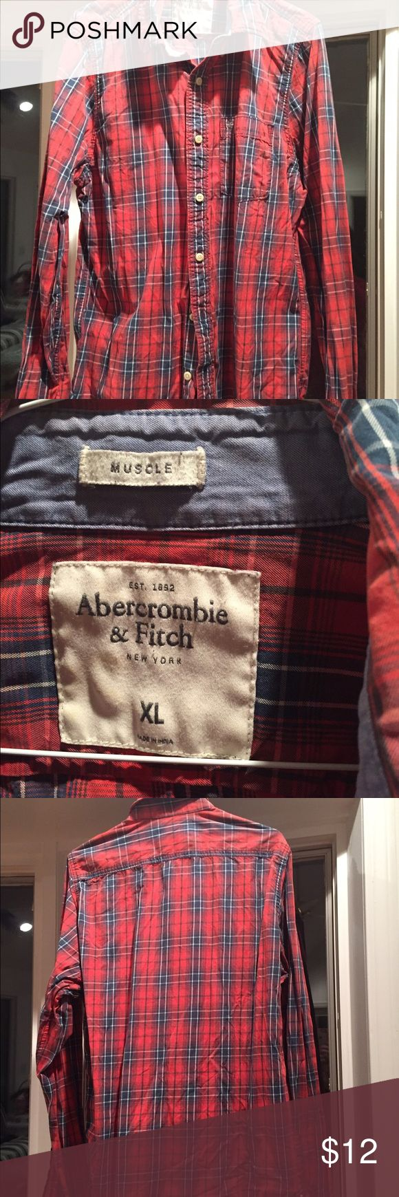 Abercrombie & Fitch Men's shirt Abercrombie & Fitch Men's button down casual shirt. Size XL muscle style. Fits smaller like a regular Large. Abercrombie & Fitch Shirts Casual Button Down Shirts