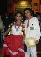 EL HUAPANGO Hoy, a pesar del avanze de otros generos musicales menos tradicionales, el huapango sigue hacer cantar y mover los pies de los hidalguenses sobre todo los que viven en la sierra y en la parte montañosa de la Huasteca.