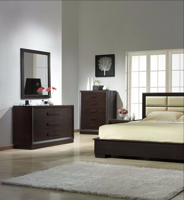 Boston 4 Pcs Queen Bedroom Set SKU1754427 Description : Boston Bedroom from J&M Furniture offers alluring designs and colors of the modern bedroom. Furniture presented in these collections will perfectly compliment bedrooms of any size and color theme. You can buy a complete bedroom set as well as individual items shown in the setting.The drawers on the  casegoods feature oldworld construction with dovetailed joints front and back. You can rest assured that this furniture is meant to last…