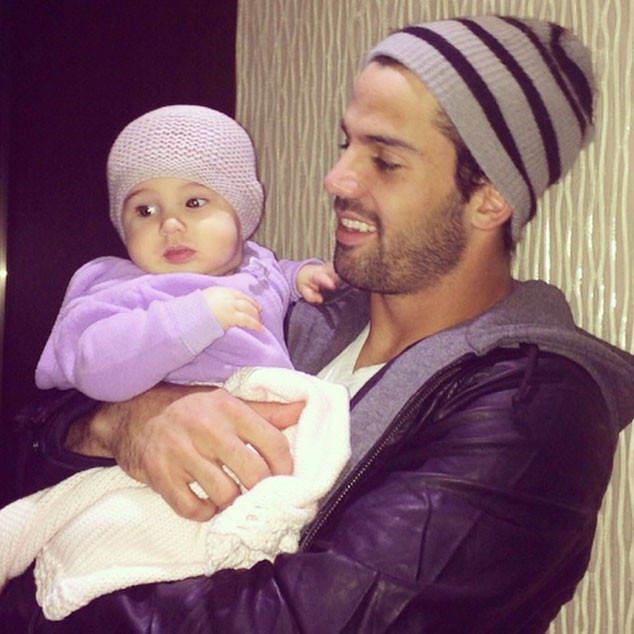 "Eric Decker & Vivianne Rose Decker from Cutest Celeb Kids on Instagram  Jessie James Decker captured this picture-perfect moment between her sexy football hubby and baby girl wearing matching beanies. She appropriately captioned the sweet shot, ""Beanie babies."""