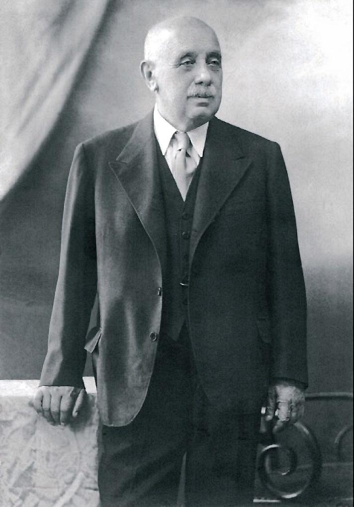 Richter Gedeon (Ecséd, 1872 – Budapest, 1944), a modern hazai gyógyszeripar megteremtője.