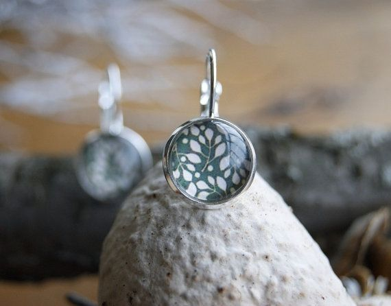 White twigs silver plated french lock earrings by InviolaJewerly