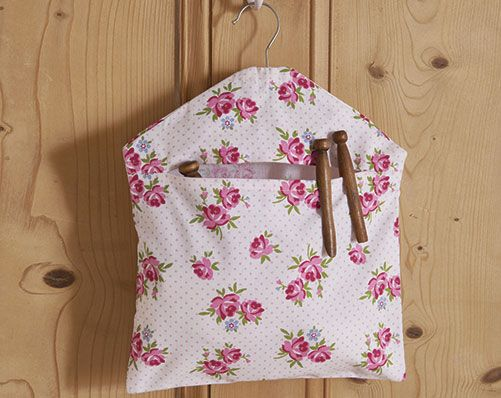 Vintage Rose Peg Bag £5 Isn't it a pain when you leave pegs on the line and spiders put their webs all over it. This floral peg bag will solve that :)  KLife Kleeneze