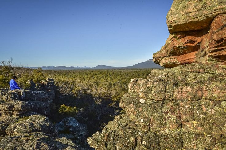 10 things to love about the Grampians. RA Oct16. Photos: Anne Morley. #grampians #thegrampians #victoria #paddyscastle