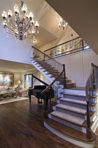 Beautiful, Elegant, but homey entry way!