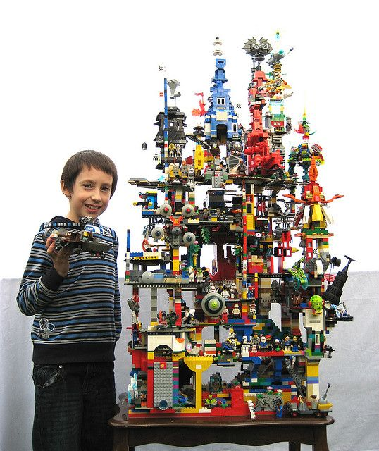 Teenagers Toys Would Like That : Such an awesome lego tower now that s a project my boys