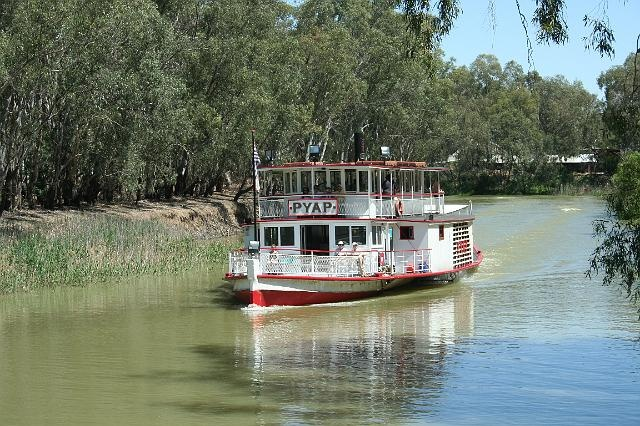 Paddle boat on the Murray River, Swan Hill, Victoria