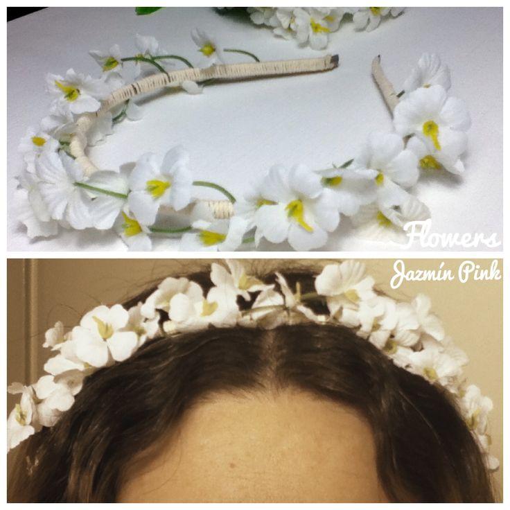 #flowercrown #floral #headband #flores #crown #romantic #flower #fashion #accesories #fashionista #mode #woman #hair #braid #white